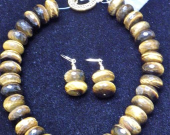 "17"" Tiger Eye Choker Necklace with Matching Earrings"