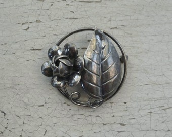 Rose & Leaf Brooch Pin. Sterling Silver. Vintage 1950s. Flower in Circle.