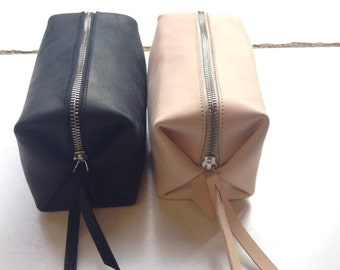 Black Leather toiletry and cosmetic case SMALL