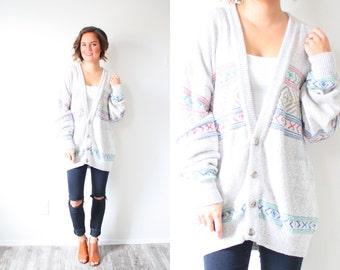 Vintage light grey oversized boho sweater // cozy sweater grey cardigan // oversized cardigan / aztec navajo southwestern large mens sweater