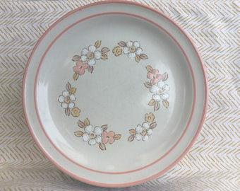set of 6 hearthside chantilly  stoneware salad plates