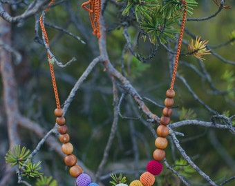 Earthy Simple Rainbow Baby Teething Necklace / Nursing Necklace - Wooden Baby Teether Necklace, KangarooCare