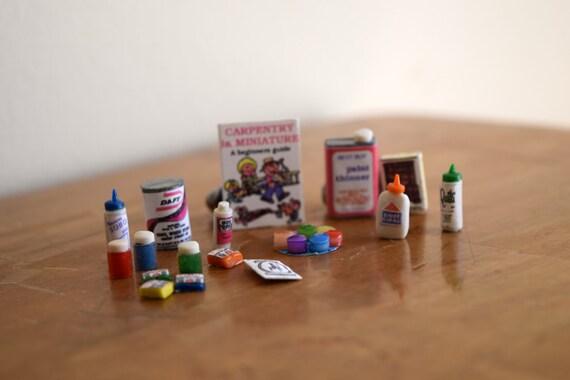Vintage (18) Piece Dollhouse Paint / Carpentry Set, Miniatures