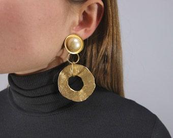 Oversized Gold Hoop Earrings / Geometric Dangle Earrings / Pearl Earrings / Statement Earrings / 80's Sculptural Earrings / Costume Jewelry