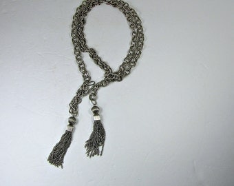 Vintage LARIAT NECKLACE Heavy Chain w/ Fringe Silver Tone Metal Jewelry Gift