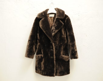 """Vintage Carroll's Brown """"Borgana"""" Faux Fur Coat, Union Made in the USA, Womens Small / ITEM495"""