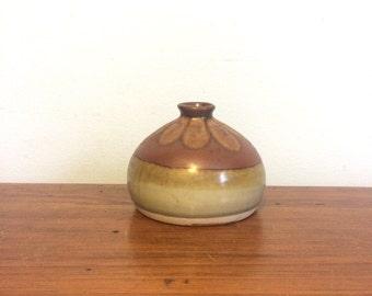 Vintage 70s Studio Pottery Vase / Mid Century Earthtone Pot / Ceramic Vase