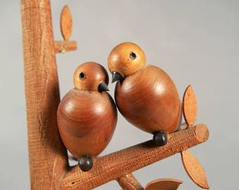 Vintage Polish Wood Carving by S. Sitarski and J. Fedorowicz, love birds, ring holder