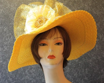 NOW with FREE SHIPPING! Derby Hat, Kentucky Derby Hat, Easter Hat, Garden Party Hat, Tea Party Hat, Church Hat, hat Yellow Hat 419