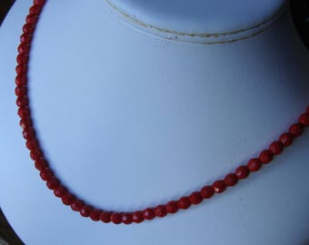 true red MULTIFACETED GLASS BEAD strand necklace beaded