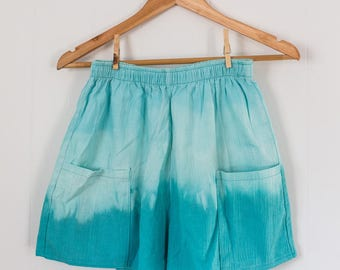 Upycycled vintage shorts / women's / high waist / dip dyed / tie dyed / blue / retro / small / medium