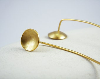 Dome earrings Gold disc earrings Concave earrings Round gold pin earrings Minimalist gold earrings Circle gold earrings
