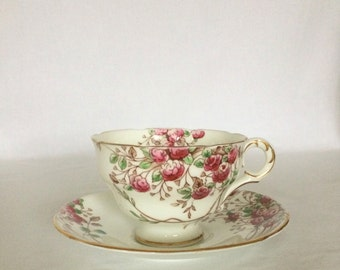 Teacup Set Melba 6 fl. oz. Pink White Violet Red Roses Stands 2 3/4""