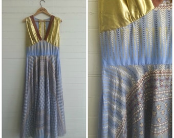 Vintage 1970s Indian block print maxi dress. Festival dress . Hippie dress. Size small