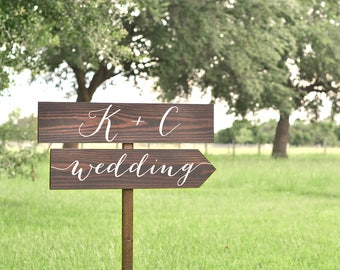 Name Sign Wedding, Wedding Name Sign, Wedding Arrow Sign, Wedding Signs Wood, Wedding Directional Signs, Wedding Direction Sign, Wood Signs