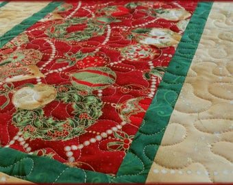 Quilted Christmas Table Runner Quilt Christmas Ornaments 549