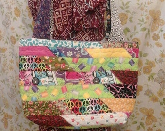 Handmade quilted hippie purse, hippie bus, quilted bag, scraps, hippie, boho, ooak bag, decorative stitching, zipper closure, ladies purse