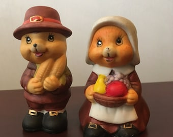 Thanksgiving Mice Salt and Pepper Shakers by Russ 1980s Holiday Decor