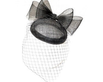Black headpiece with big bow, veil and strass. Black headdress. Pill box. Bow headpiece. Wedding fascinator. Wedding accessory. ANTUANET
