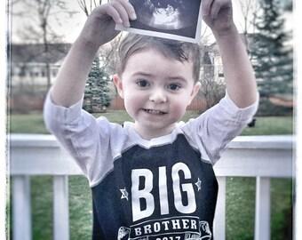 BIG BROTHER Announcement Pregnancy Announcement Big Bro Shirt Raglan with Custom Name on Back