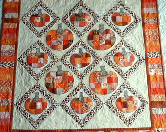 Pumpkins lap quilt, patchwork pumpkins sofa quilt, quilted throw, fall quilt, autumn quilt, oranges, browns, golds, beige, quiltsy handmade
