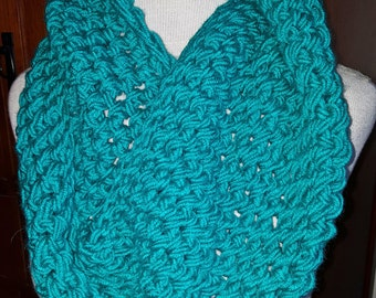 Crochet Turquoise Chunky Double Twist Cowl