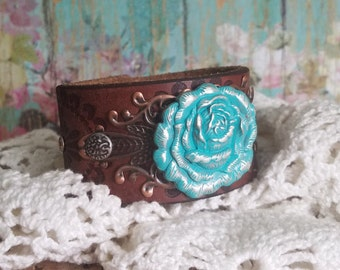 Turquoise RoSe Concho Leather Cuff Bracelet> Floral Jewelry/ Flower Jewelry/ Rustic Romance/ Boho Chic/ Romantic/ Modern Vintage/ Classic