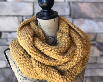 Mustard Yellow Scarf / Yellow Scarf / Yellow Infinity Scarf / Chunky Scarf / Winter Knitted Scarf / Hand Knit Scarf / Chunky Knit Scarf