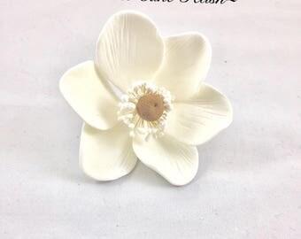 TWO Poppy Anemone   Sugar Flower   Cake topper   Gumpaste flower  Flower topper   Gumpaste Anemone  White sugar flower   Wedding cake topper