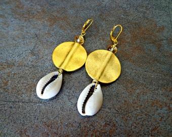 Cowrie Shell Earrings, Cowry Shell Earrings, Afrocentric Earrings, Ethnic Dangle Earrings
