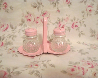 Shabby Chic Pink Crystal Glass Mini Salt & Pepper Shakers with Tray Silver Plated Ornate Block Glass Vintage Antique 1940s Cottage Victorian