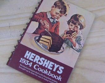 "Vintage 1970's Reproduction ""HERSHEY'S 1934 Cookbook"" Chocolate Recipes!"