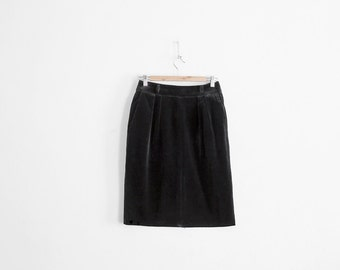 Vintage black Velvet Skirt - 1960s/70s Made in France