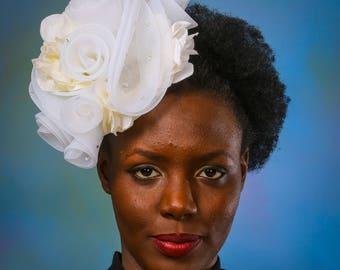 Rosebud Bridal Fascinator. Champagne Bridal Fascinator.  Non-traditional Bridal Fascinator.  Beige Bridal Fascinator.