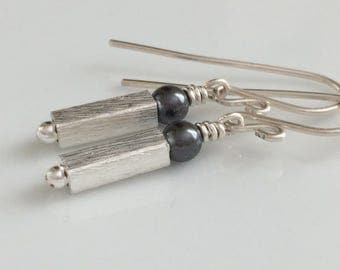 Modern Pearl Earrings / Geometric Earrings / Black Crystal Pearls / Small Dangle Earrings / Sterling Silver Earrings