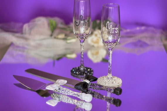 black wedding cake serving set wedding glasses and cake server set mr and mrs wedding table 11883