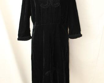 1940s Black Velvet Dress Rope Design | 40s Full Length Black Silk Velvet Dress 3/4 Sleeves Size Large
