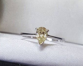 Pear Shape Pale Yellow Diamond in 18ct White Gold