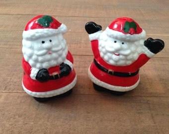 Santa Salt and Pepper Shakers, Christmas Salt and Pepper Shakers, Stand Claus, Christmas Kitchen