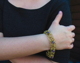 Gold Chainmaille Bracelet with Light Purple Beads