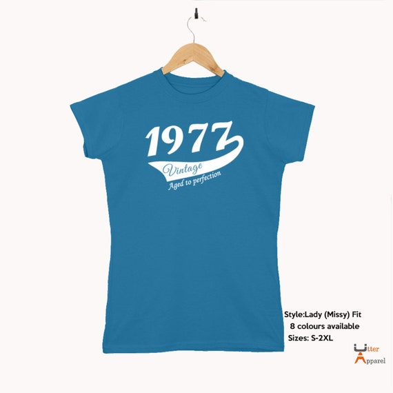 40th Birthday Gift For Woman 1977 Vintage T shirt ideal present for women celebrating a fortieth birthday, medium large xl 2xl