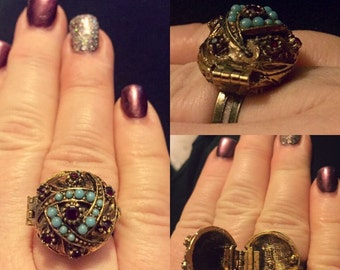 Unbelievable Vintage Ring!