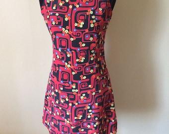 Groovy Vintage 60s  Mod Mini Dress // Retro Psychedelic Print Mini Dress // 1960s Shift Dress