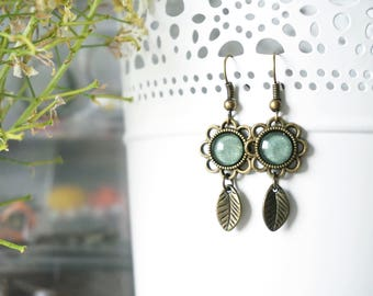 Sage Earrings Leaf boho earrings Woodland earrings Long delicate earrings Girls dangle earrings Olive green earrings Nature Woman Earings