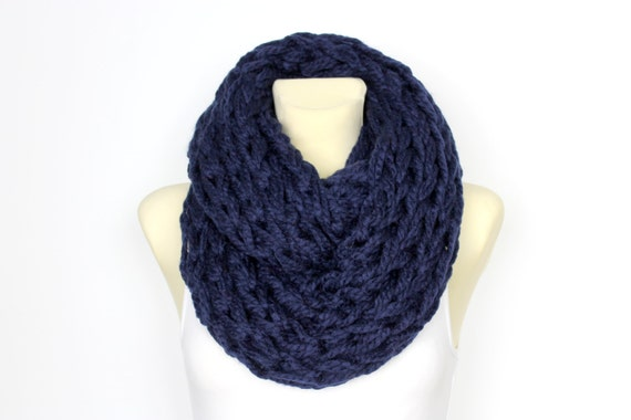 Chunky Knit Scarf Blue Winter Scarf Oversized Knitting Knit Infinity Scarf Autumn Knit Scarf Gift for Her Womens Gift Christmas Celebrations