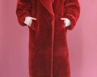 80s/90s oversized fluffy red plush coat