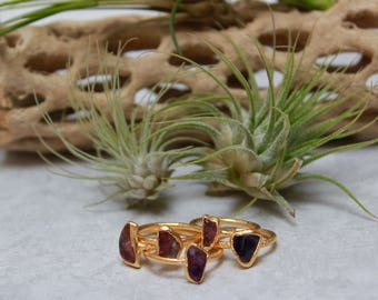 Amethyst Ring // February Birthstone // Raw Stone Gold Ring // Gold Ring // Stacking Ring // Raw Gemstone Ring // Raw Crystal
