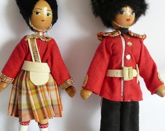 Vintage Wooden Peg Dolls Made in Poland Folk Art