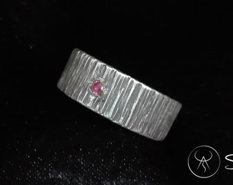 Male in Silver 925 textured and a spinel ruby ring. Adjustable