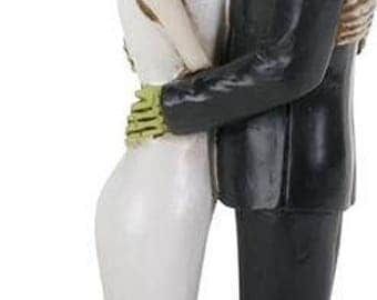 Frankenstein kissing Bride - Frankenstein - Monster Love - Bride of Frankenstein - Wedding Cake Topper